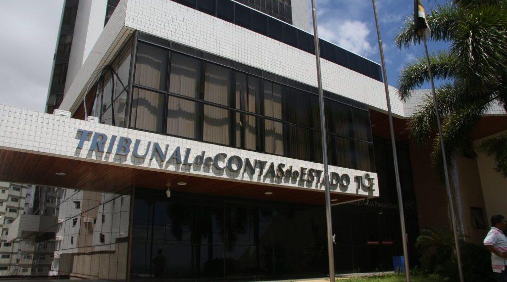 Na contramão: anteprojeto que sobe salário de conselheiros do TCE-RN para R$ 35 mil é aprovado