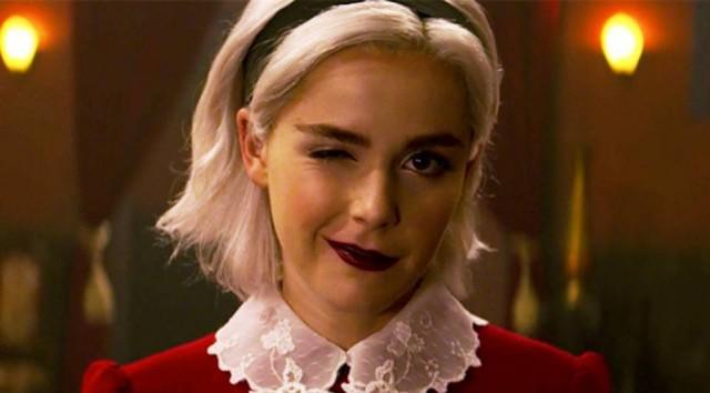 """4b2769e2d Sabrina mostra seu verdadeiro poder na segunda temporada de """"Mundo Sombrio de  Sabrina"""""""
